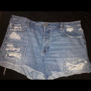 American Eagle Hi-Waist Shorts